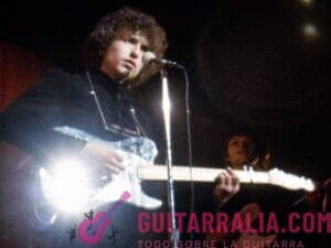 Recursos, cursos, canciones, tablaturas y acordes de guitarra