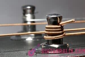 cómo cambiar las cuerdas de la guitarra