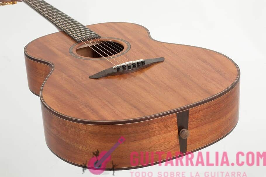 ¿Cómo cambiar las cuerdas de una guitarra acústica? Hazlo correctamente