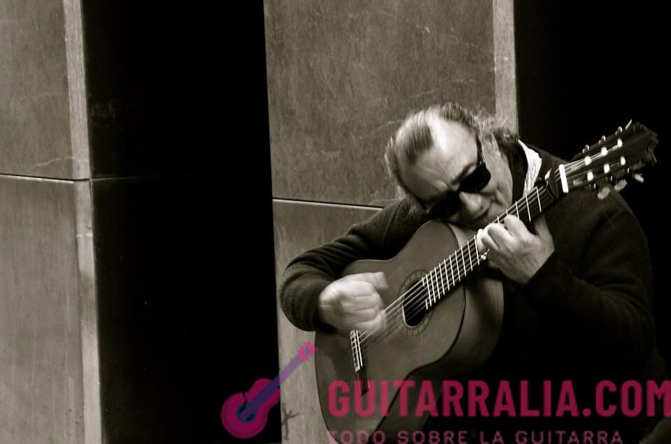 como tocar flamenco en la guitarra
