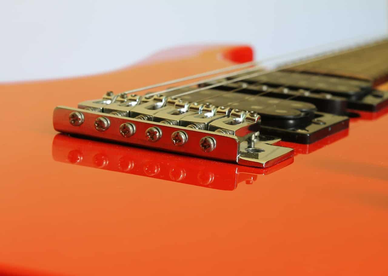 ¿Cuáles son las Partes de la Guitarra?
